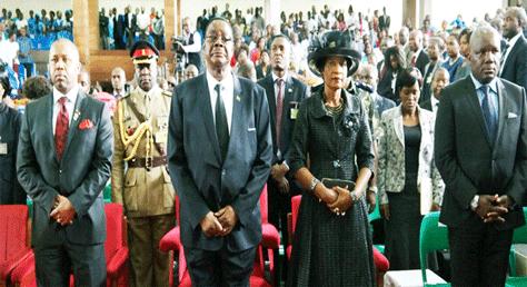 Malawi president praying